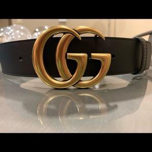 a9e7d6d3cf8 Gucci. Authentic Women s Gucci Belt - Double G Buckle NWT